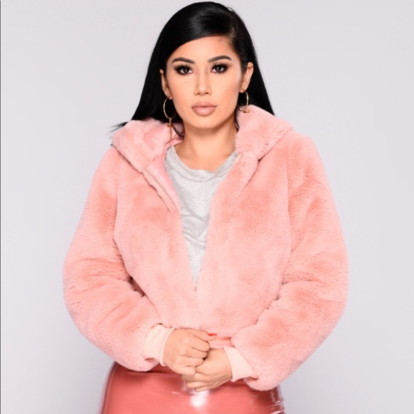 3440fd9fa6ed Fashion Nova Jackets & Blazers - Baby Pink Faux Fur Cropped Hooded Jacket!